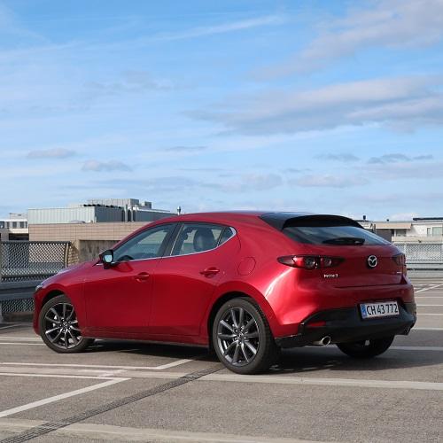 Mazda 3 Cosmo